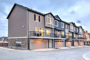 new townhomes southeast Calgary legend of legacy